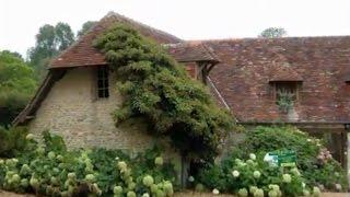 видео Планировка двора частного дома в деревне и городе: фото и идеи обустройства