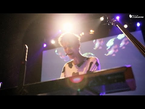 Don't You Know - Jacob Collier (Live @ Village Underground, London)