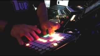 Robosonic by Kill the Robot-Glowfox plays Live (Launchpad S-Ableton Project File)