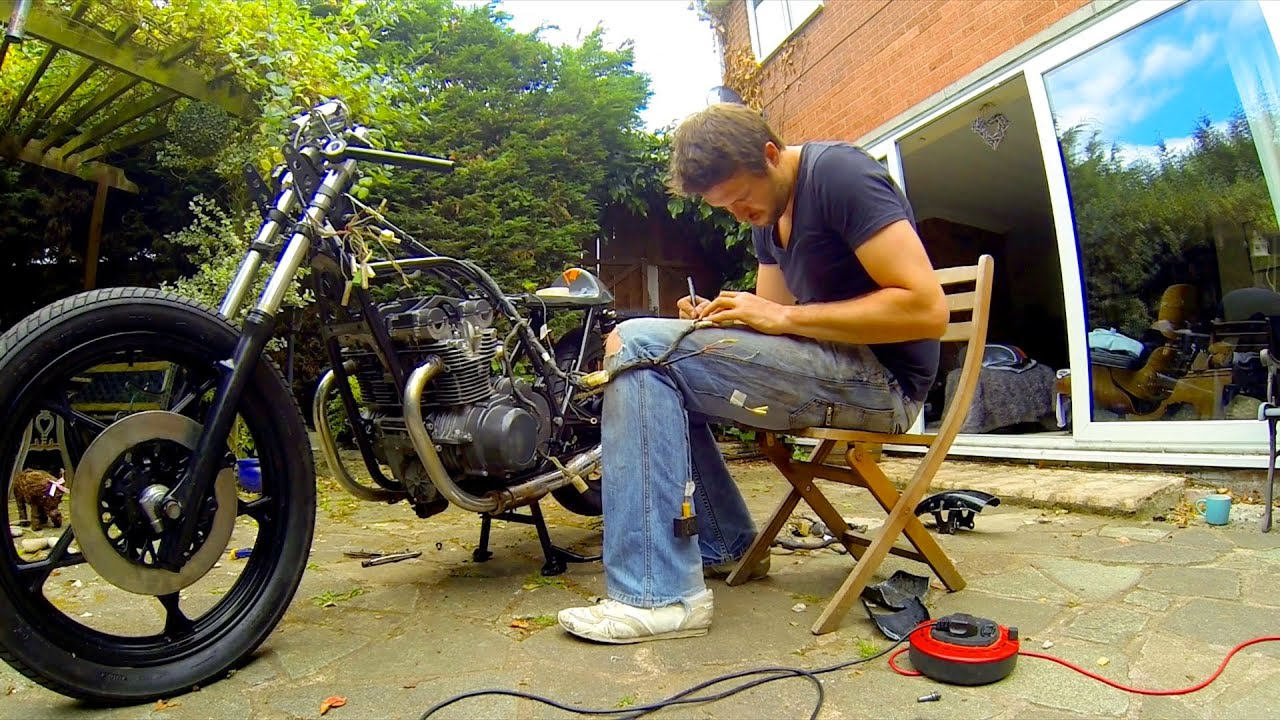 maxresdefault cafe racer build part 12, wiring the electrics, 78 suzuki gs550 Chevy Truck Wiring Harness at virtualis.co
