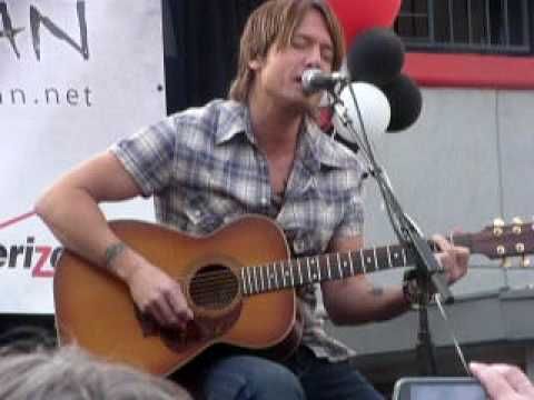 Keith Urban - Only You Can Love Me This Way - Live @ Verizon Wireless Store in Pasadena CA