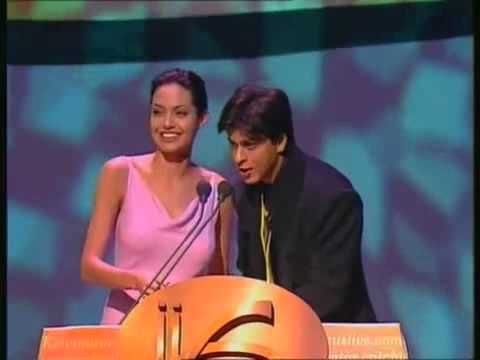 IIFA 2000 Shahrukh Khan & Angelina Jolie Share The Stage As Co-presenters