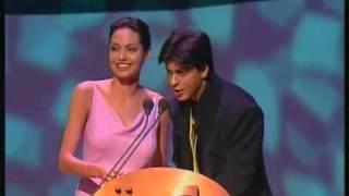 IIFA 2000 Shahrukh Khan & Angelina Jolie share the stage as co-presenters