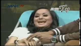 Video Suka Suka Uya - Juwita Bahar & Anisa Bahar @Susuuya MNCTV Part 1 download MP3, 3GP, MP4, WEBM, AVI, FLV November 2017