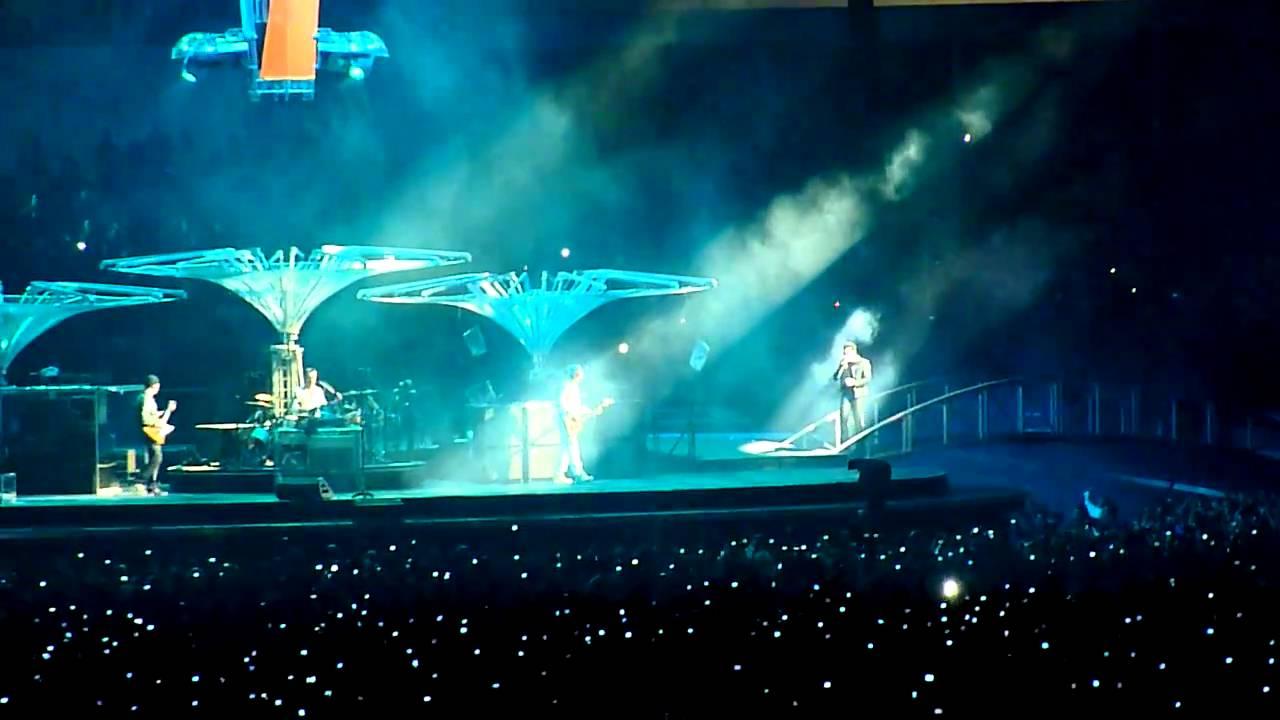 "U2 360º Tour: ""Beautiful Day"" - live Coimbra 03/10/2010 #1"