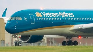 SUN & STORM!  | 30 Minutes of Plane Spotting | Melbourne Airport Plane Spotting