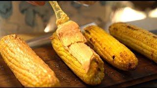Кукуруза запеченная в масле под майонезом и сыром