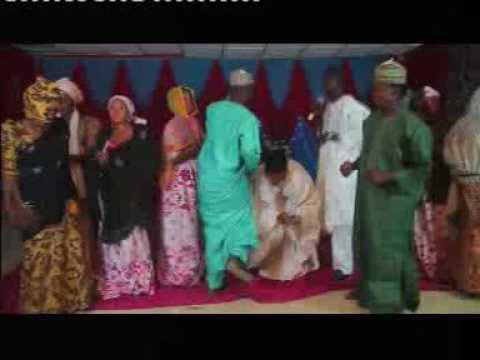 Download Wakar Ado Gwanja - Amarya Ki daina hawaye