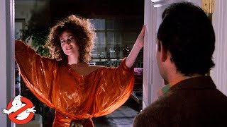 GHOSTBUSTERS - Film Clip: Venkman Checks Out Dana's Place