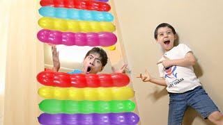 마슈랑 꽈배기 무지개풍선 놀이!! Mashu play with Funny Colorful Balloons like BoramTube