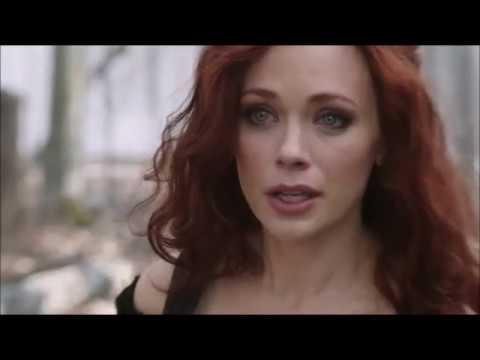 Download Sleepy Hollow 1x01 Ichabod sees Katrina