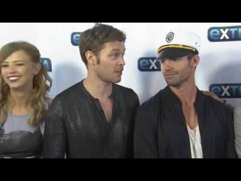 The Originals SDCC cast  with Extra