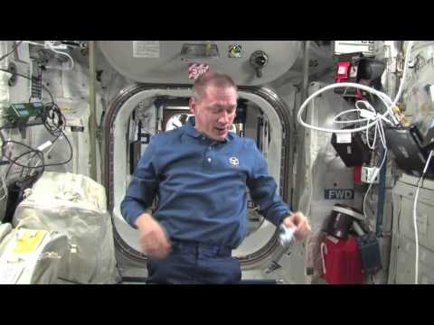 Astronaut Frank De Winne answers your questions aboard the ISS - YouTube Space Lab