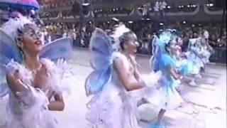 Caprichosos 2004 - Xuxa e Seu Reino Encantado no Carnaval da Imaginacao.mpg