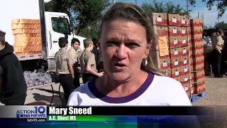 Aransa Pass middle school gives away food to the community