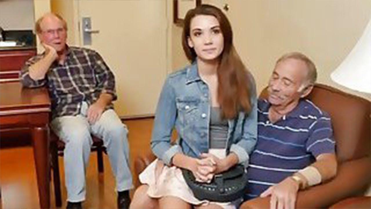 бесплатное видео дед ебет внучку