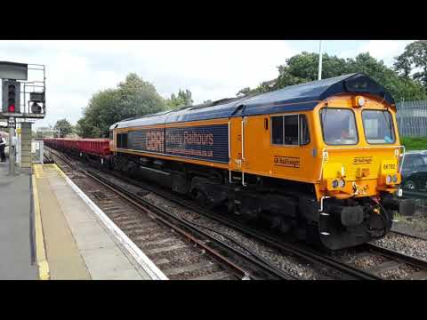 Trains at: Woking, SWML, 10/08/19