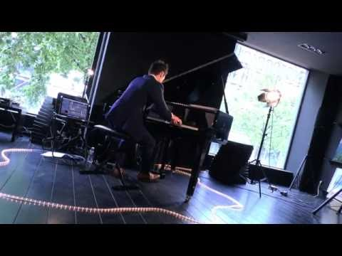 Vivian Roost - Tree of life - Concert YellowKorner Pompidou Paris