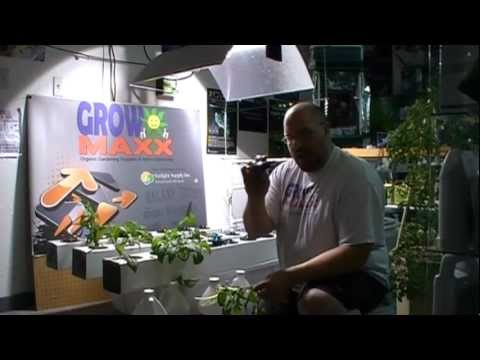 Aeroponic growing made easy. No more media or net cups! Plant Maxx Pucks to the rescue!