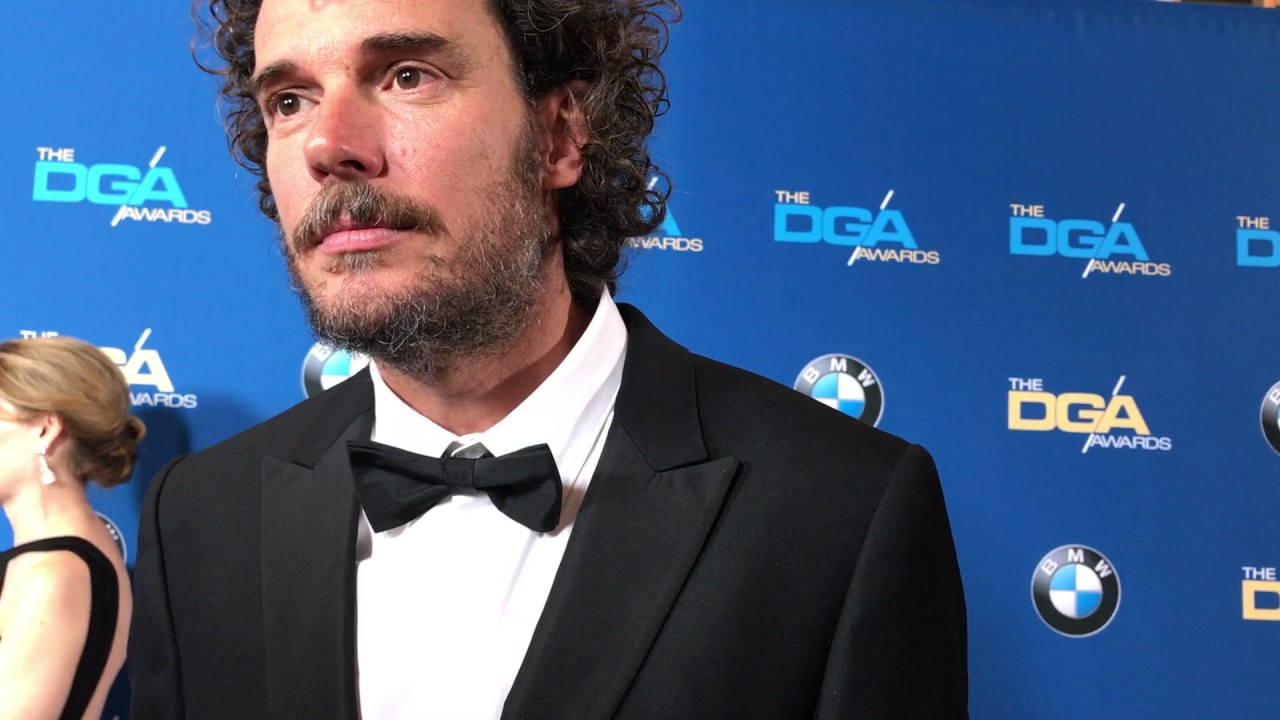 Garth Davis ('Lion') chats on the DGA Awards red carpet