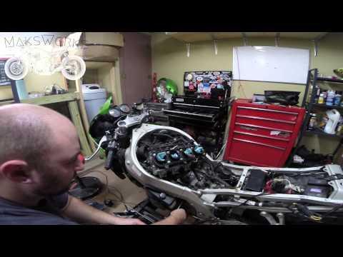 MaksWerks Garage - 2001 Kawasaki ZX 9R Rebuild