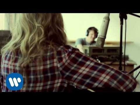 Ashley Monroe - Weed Instead Of Roses [Nashville Time Machine Session]