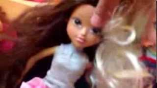 Sophinas first sleepover moxie girlz