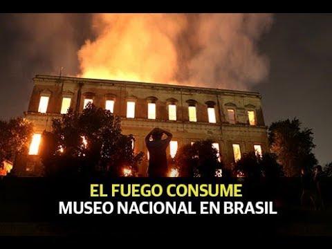 Se incendia Museo Nacional en Brasil