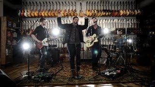 Leagues Performing Walking Backwards (Live) at Chicago Music Exchange