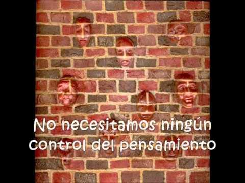Pink Floyd - Another Brick In The Wall (Subtitulada en Español)