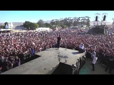 Aka - the world is yours performance