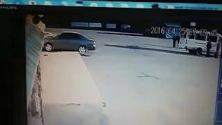 Попытка заехать на авто в магазин Копилка Кировоград(Найдено на просторах интернета. 25 апреля 2016 года водитель тойота Камри пытался заехать в супермаркет копил..., 2016-04-25T09:05:49.000Z)