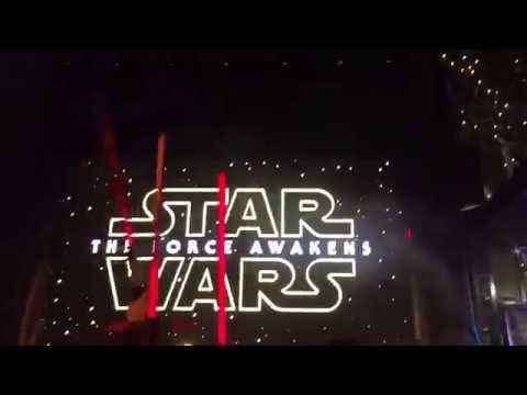 STAR WARS THE FORCE AWAKENS FINAL TRAILER CROWD REACTION AT DOWNTOWN DISNEY