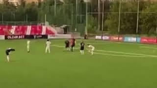 Экс звезда сборной России Рома Широков избивает ногами судью ТНВ