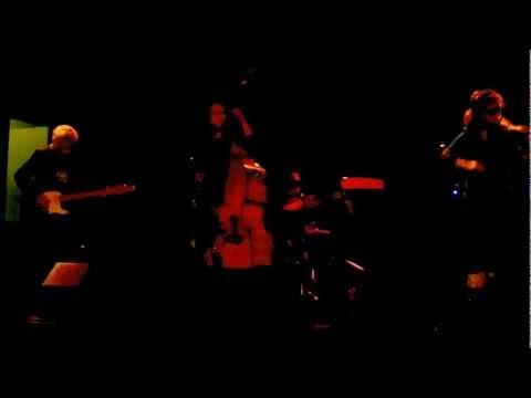 Amy Lavere at the Handlebar--Damn Love Song