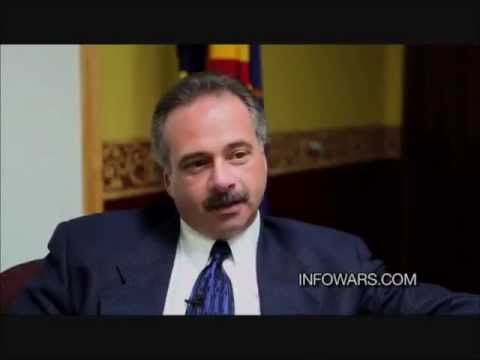 """FORGERYGATE: Lead Investigator Mike Zullo on Obama Birth Certificate """"It's a 100% forgery"""""""