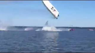 RAW VIDEO:  High Speed Powerboat Crash on Potomac River