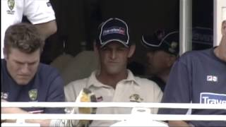 Video Magnificent bowling by Simon Jones, 2 Beautiful Wickets download MP3, 3GP, MP4, WEBM, AVI, FLV Desember 2017