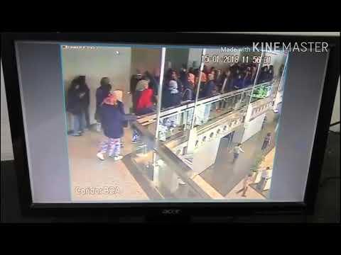 Tragis DETIK2 Runtuhnya lantai gedung Bursa Efek Jakarta