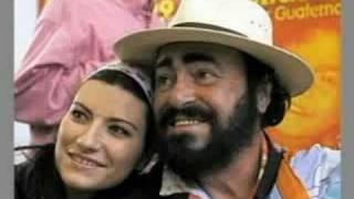 Hommage à Luciano Pavarotti à Saint-Cloud