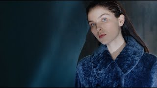 Pretty checks, edgy leather, feminine dresses and cosy coats, take your pick of favourite style from the emporio armani fw20-21 women's collection.disco...