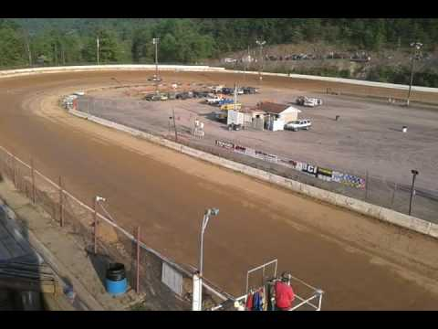Tony reed sings national anthem hesston speedway