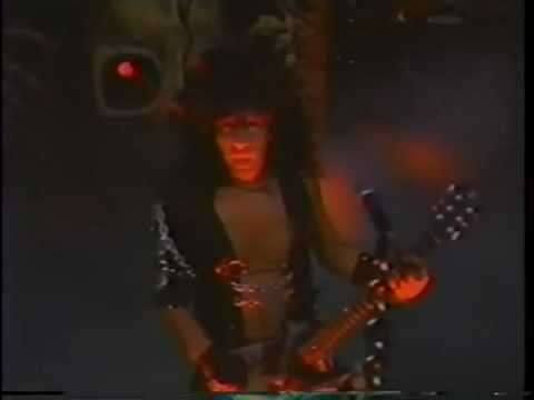 W.A.S.P. - Sleeping In The Fire - Irvine Meadows Amphitheater