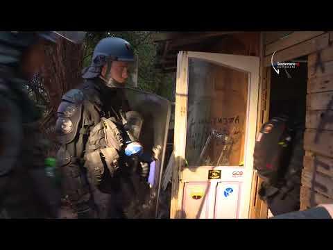 NDDL: La Gendarmerie évacue l'ex-ZAD - Bretagne Téléde YouTube · Durée:  4 minutes 32 secondes