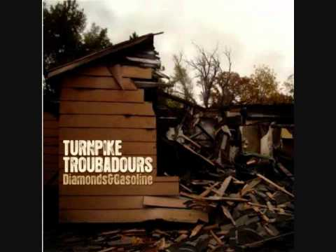 Turnpike Troubadours   Whole Damn Town