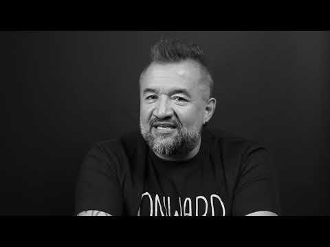 "Episodio 23. Storytelling. El arte de conquistar ""contando historias"" from YouTube · Duration:  10 minutes 58 seconds"