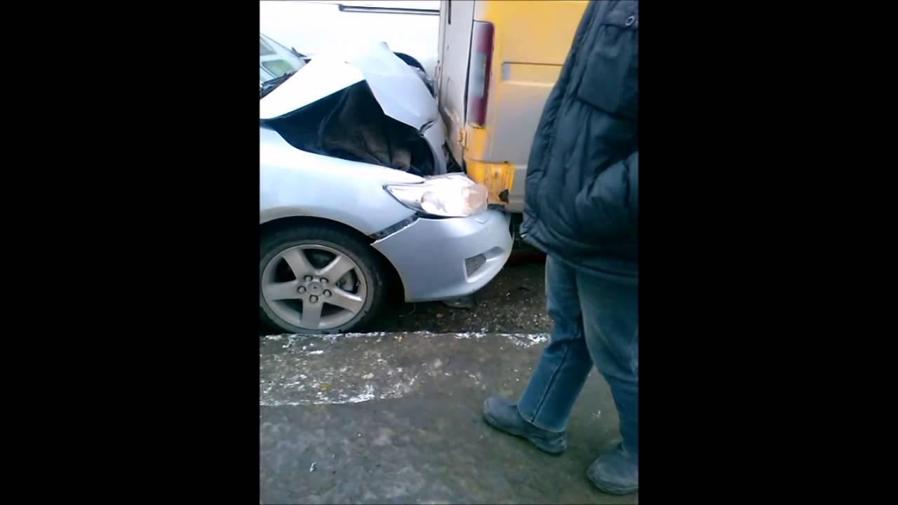ДТП на Телегина: неадекватный водитель Toyota Corolla скрылся