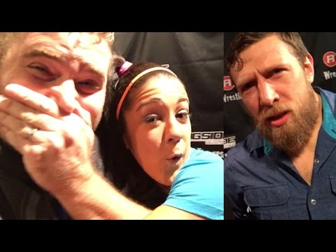 GRIM VS HAWKINS ON SMACKDOWN!? BAYLEY HUGS GRIM! MEETING WWE