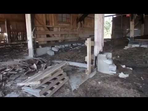 For Sale: 1911 Hanna City, IL Bank Barn Walkaround