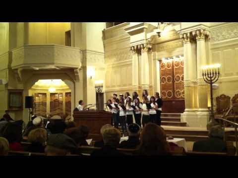 "Tehiyah Day School Sings ""Donna"" at Temple Sinai April 2012 Yom Ha-Shoa Commemoration"
